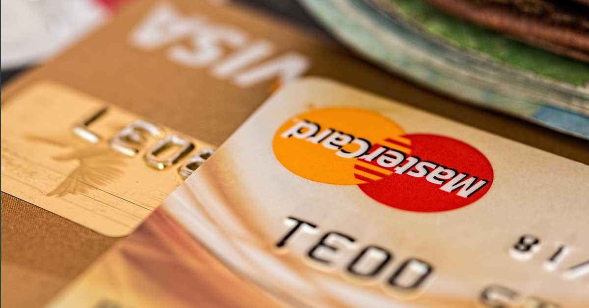 Auf Reisen Geld abheben / Die beliebteste Kreditkarte