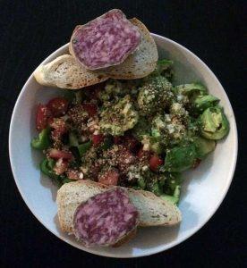 Salzersatz Oregano am Salat